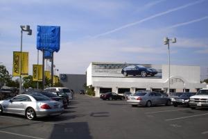 Mercedes+of+Van+Nuys2_new